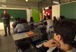 EM UM ANO: Brasil gasta R$ 16 bilhões com reprovação de 3 milhões de alunos