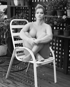 fani pacheco nua 240x300 - Fani Pacheco afirma ter tido cachês reduzidos após tornar-se modelo plus size