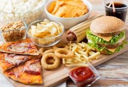 Mais de 30 restaurantes de fast food em shoppings de João Pessoa são autuados