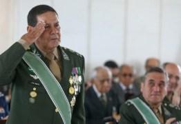 """""""Operação meia-sola comandada por um cachorro acuado"""", diz General Mourão sobre intervenção"""