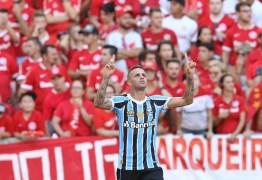 """Luan conquista posto de """"Homem Gre-Nal"""" e fica a um gol de R10 em clássicos"""