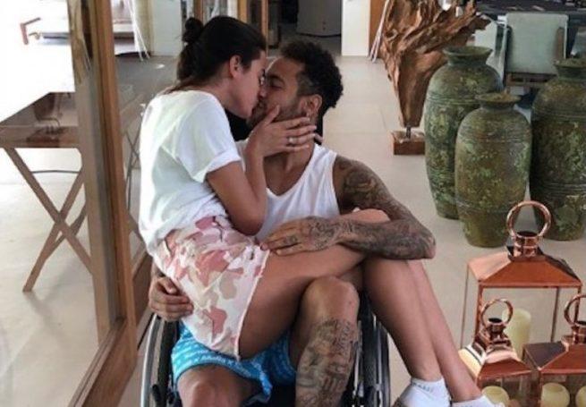 neymar 2 e1520281690650 - Conexão cerebral faz dor diminuir com o toque da pessoa amada