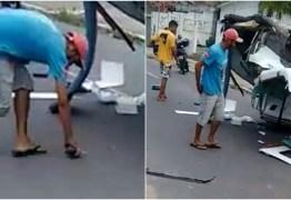 VEJA VÍDEO: homem é flagrado furtando celular após acidente no Centro de João Pessoa