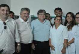 Deputado João Bosco Carneiro participa de entrega de escolas e hospital no Brejo