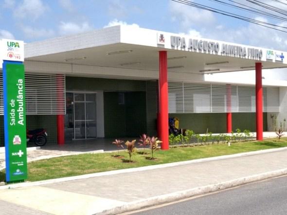 upa cruz das armas - CONFUSÃO: Paciente morde pescoço de médico em UPA de Cruz das Armas