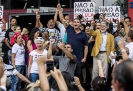 Lula negocia com a Polícia Federal os termos de como vai se entregar, dizem aliados