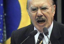 """Sarney assumiu lugar de Tancredo no Planalto como um """"estranho no ninho"""""""