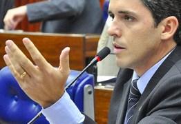Tovar critica criação de guarda pessoal pelo governador