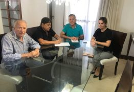 VEJA FOTOS: Ricardo Marcelo deixa MDB e assina ficha de filiação no Progressistas da PB