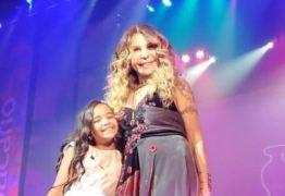 Finalista do The Voice Kids, Mariah Yohana conhece Elba Ramalho e recebe elogios da cantora