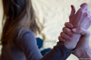 'Um estupro a cada oito minutos' Violência contra mulher aumentou no país, afirma anuário – VEJA DADOS LOCAIS
