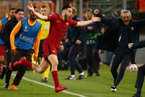 jogador comemorando roma vitória champions 300x200 - INESPERADO: Roma consegue vitória histórica sobre o Barcelona e avança para a semi da Champions - Veja Vídeo