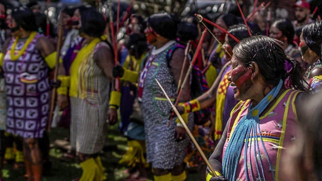 photo 2018 04 23 14 41 03 1024x576 - 3 mil indígenas estão em Brasília para o Acampamento Terra Livre 2018