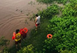 Adolescente desaparece após ser arrastada por correnteza de rio no Sertão do Estado