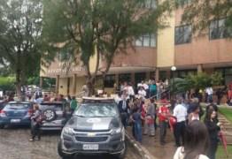 PÂNICO: suspeita de bomba faz polícia esvaziar Fórum na Paraíba