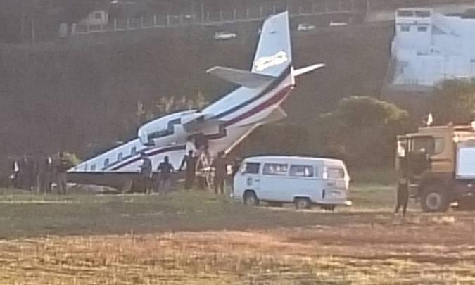 20180520185327353356e - Avião com DJ Alok perde controle em decolagem e sai da pista; VEJA VÍDEOS