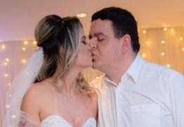 O GORDINHO CASOU: Em cerimônia reservada, Fabiano Gomes casa com Rahyara Maia