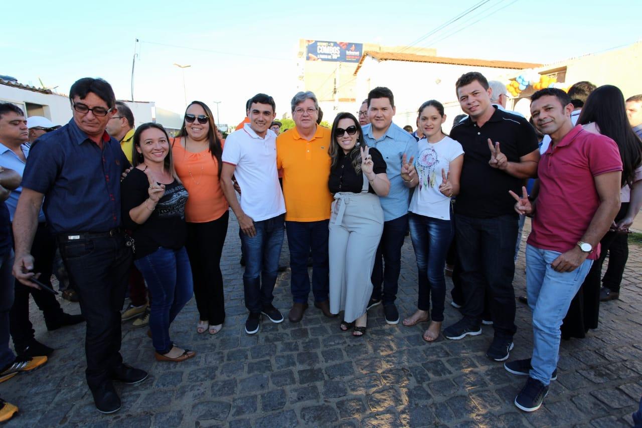 Encontro no Sertão João Azevêdo 2 - João Azevedo tem encontro com juventude e reúne lideranças de 10 cidades