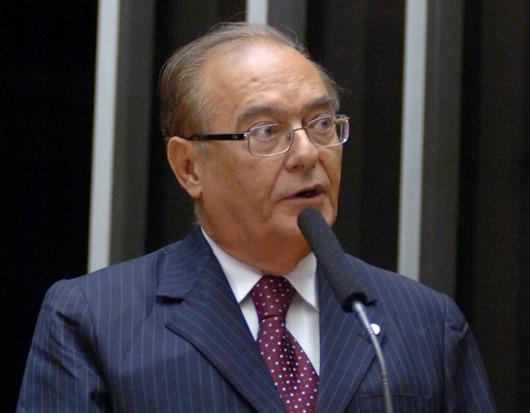 Marcondes Gadelha - A CENA SE REPETE: Outra vez, Marcondes Gadelha assume mandato após morte do titular
