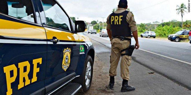 PRF - Polícia Rodoviária usa sistema de rádio comunicação durante eleição