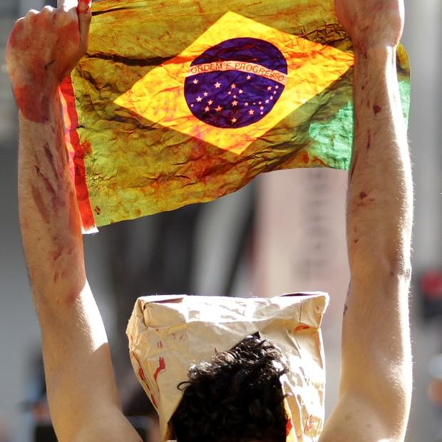 bandeira brasil - A nossa bandeira sempre foi vermelhinha - Por Gregório Duvivier
