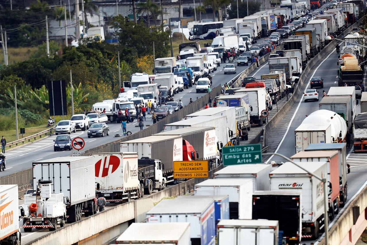 """brasil greve caminhoneiros 20180525 0036 copy - """"Vamos travar de novo o país. Dessa vez é guerra"""" Os caminhoneiros estão organizando outra greve?"""
