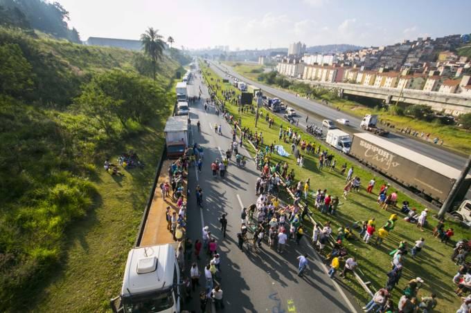 brasil greve caminhoneiros 20180527 012 - Associação pede que grevistas 'levantem acampamento'