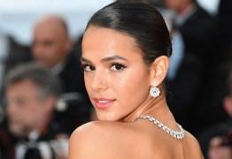 Bruna Marquezine rebate crítica de fã: 'Ninguém te perguntou'