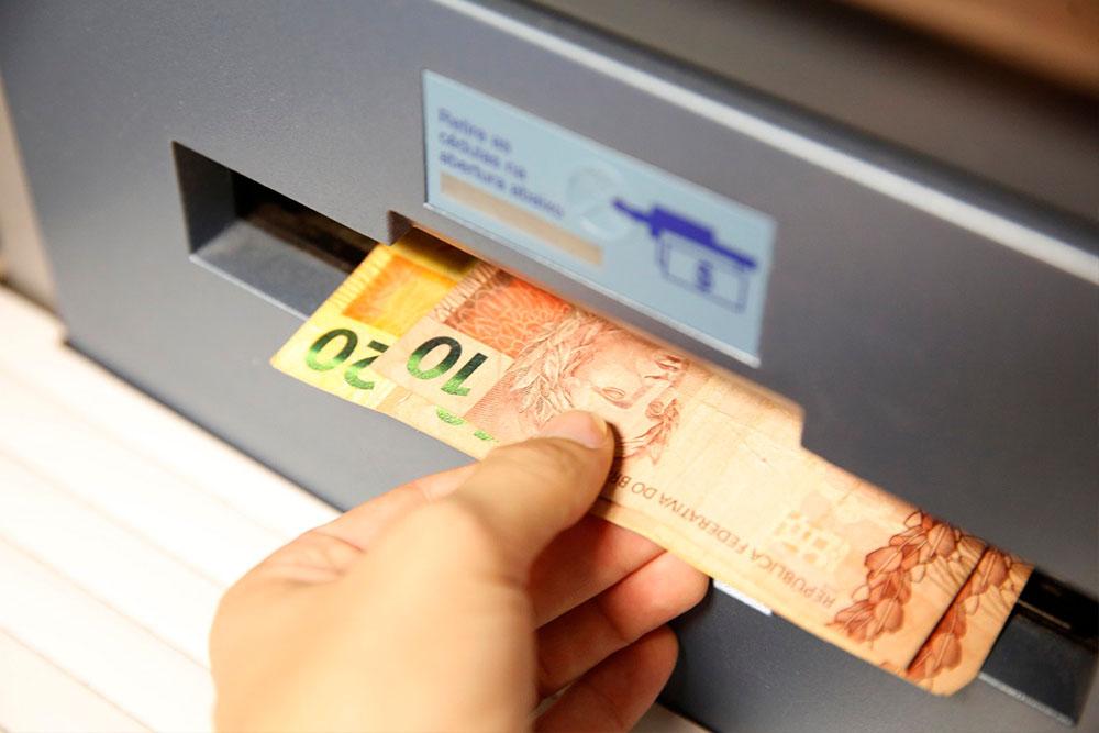 dinheiro pis saque abono caixa - Pagamento dos servidores da prefeitura da capital será nos dias 30 e 31