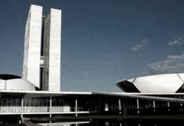Política e futebol: 'Com brasileiro não há quem possa' Por Carlos Lopes