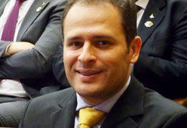 Promotoria ajuíza ação contra ex-prefeito por contratações irregulares de eventos festivos