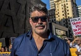 Alexandre Frota critica Chico Pinheiro e chama o jornalista de alcoólatra