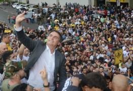 Com equipe enxuta, pré-campanha de Bolsonaro é ditada pelo improviso
