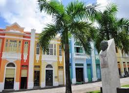 images 1 3 - Moradores e comerciantes do Villa Sanhauá assinam termos de uso com prefeito Luciano Cartaxo