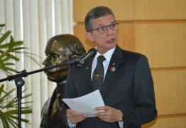 Joaquim Silva informa que exército está enviando tropas para refinarias e aeroportos