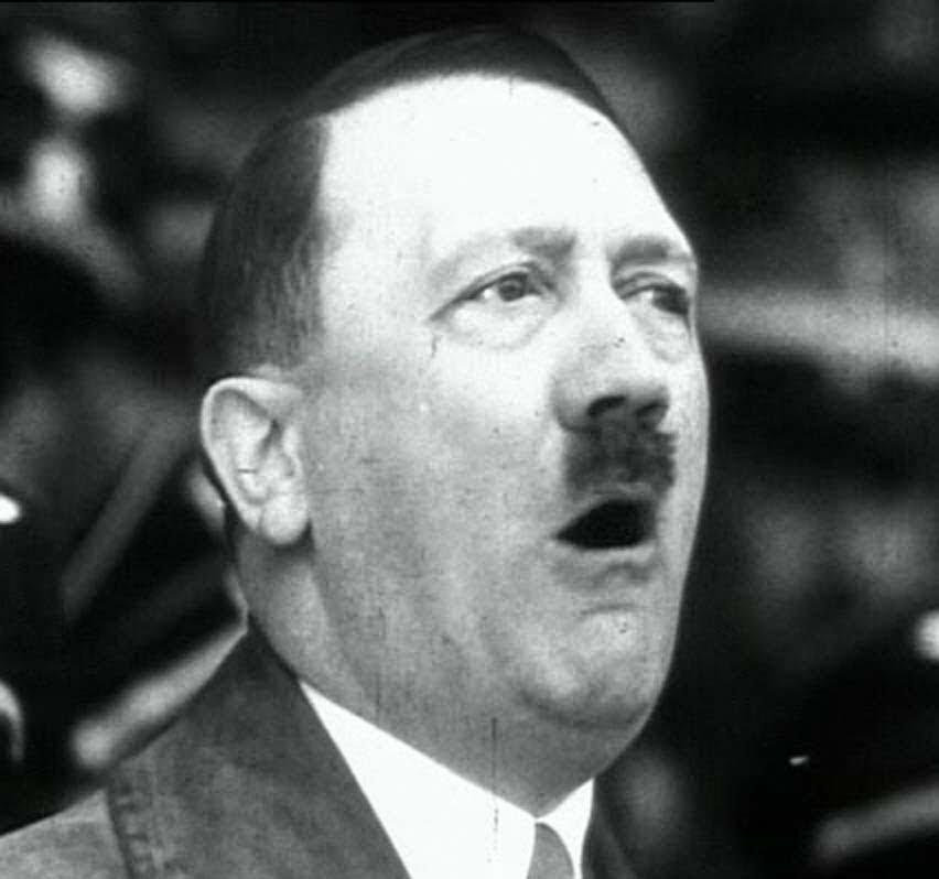 maxresdefault 3 - Hitler se suicidou - análise da arcada dentária do ditador confirma sua morte em 1945
