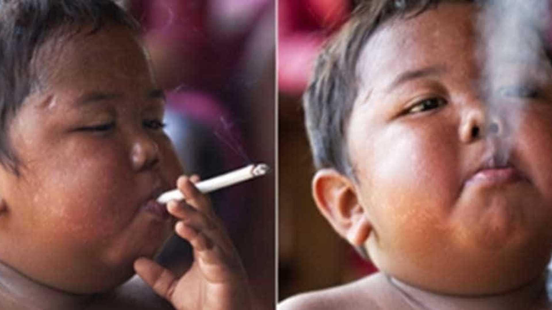 naom 5af00833d936c 1 - Você lembra do bebê fumante da Indonésia? Veja como ele está