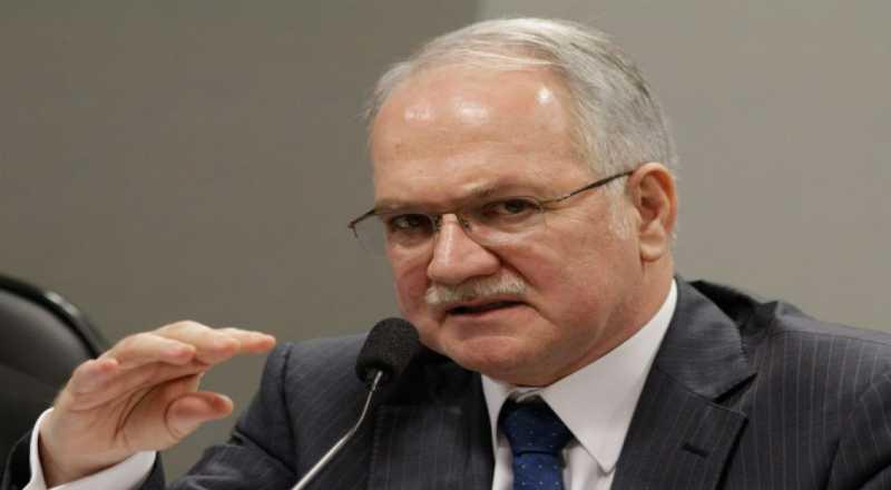 t 4 - Fachin libera visita de comissão de dez deputados a Lula