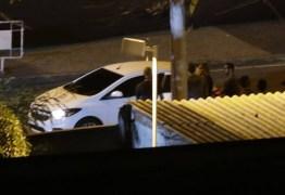 Polícia investiga se arma utilizada para matar Marielle teve cano adaptado para abafar ruídos