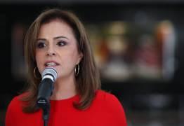 DESVIOS DE R$1,3 BILHÕES: Polícia prende brasileira que foi primeira-dama de El Salvador
