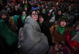 Em votação histórica, Argentina aprova aborto na Câmara de Deputados