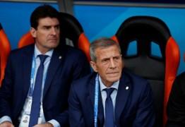 Técnico uruguaio alivia Suárez: 'Já vimos Messi, Pelé e Maradona em maus dias'