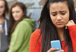 Garota que criou grupo no WhatsApp é condenada por não coibir bullying