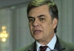 Cássio Cunha Lima interrompe campanha e embarga para Brasília
