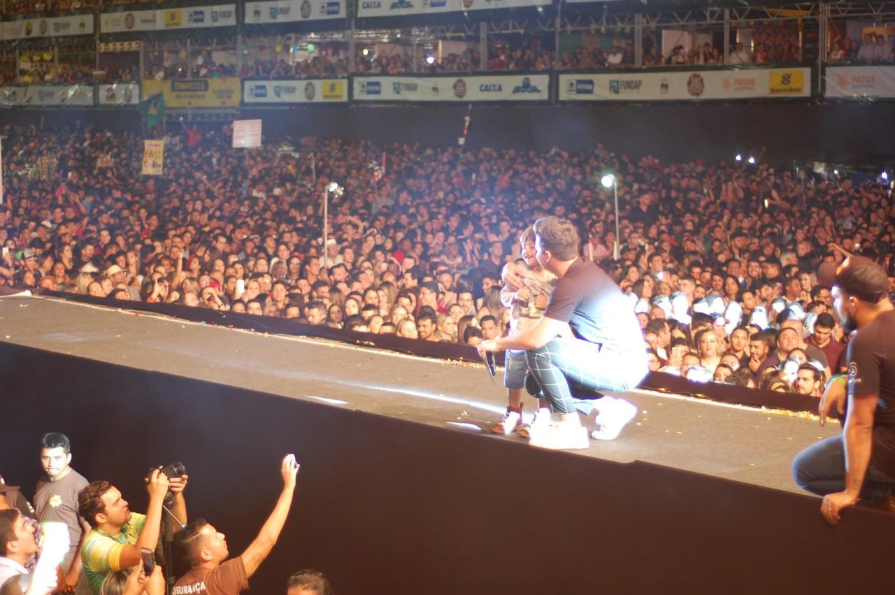 DSC 0957 - São João de Patos começa com shows marcantes e grande público no Terreiro do Forró