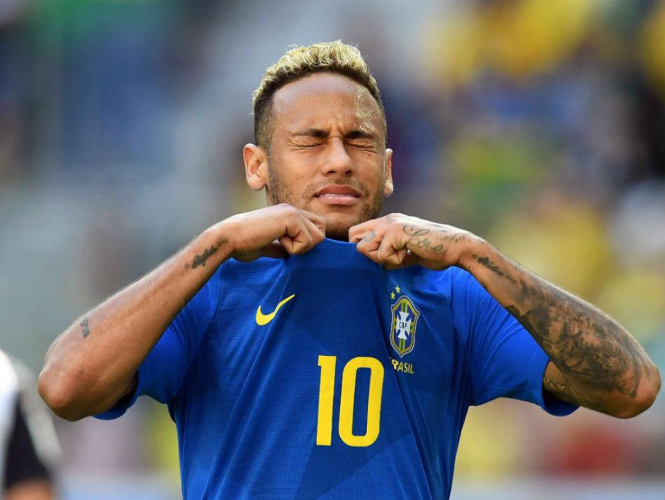 Neymar esta pendurado para jogo contra a Servia 950 - 'Criamos um monstro, René!' - Por Leonardo Pereira