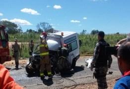 TRAGÉDIA: acidente entre carro e ambulância deixa dois mortos no Sertão da Paraíba