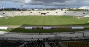 almeidao e14544150585071 1 300x158 - Atendendo ao Ministério Público Estadual, Federação Paraibana de Futebol determina jogos com portões fechados no Paraibano