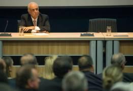 Toffoli suspende ação contra ex-ministro dos Transportes