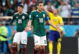 """Capitão mexicano diz que Neymar """"exagera nas faltas e gosta de se atirar"""""""